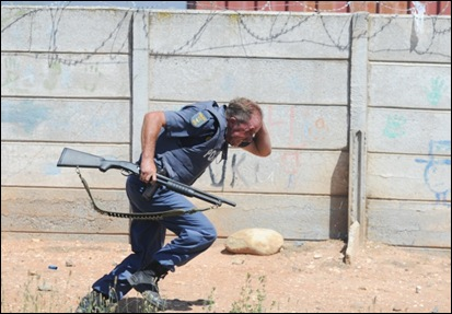 DE DOORNS SAPS HIT BY STONE TAKEN TO HOSPITAL