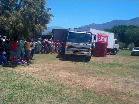 DEDOORNS WORKER FAMILIES TENTHOUSAND LOAVES OF BREAD STRIKE
